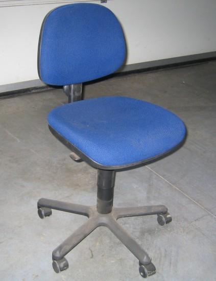 Kantoorstoelen handelsonderneming beek en for Kantoorstoelen